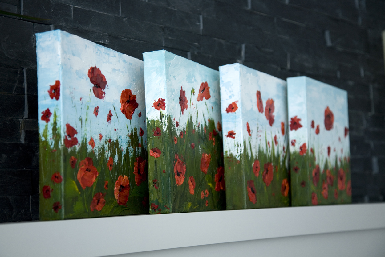 How to paint poppy flowers with acrylic paint and a for Step by step painting tutorial
